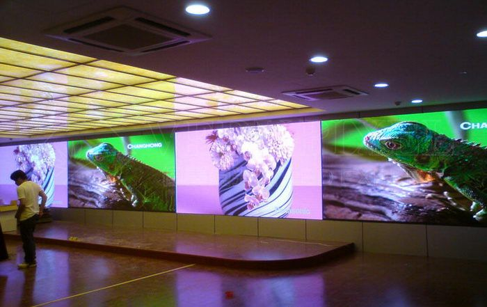 rental_indoor_die_casting_led_video_wall_smd_3_in_1_p2.5_full_color_led_advertising_screens